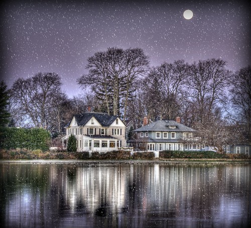 christmas morning winter moon holiday snow reflection night season landscape nikon december purple seasonal fullmoon effect babylon hdr moonshine argylelake babylonvillage nikond90 babylonandbeyond