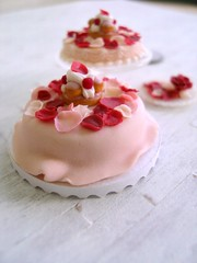 Rose petal cake 1-12 2