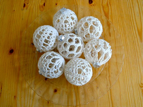 Gehaakte kerstballen / Crocheted baubles by evanstra