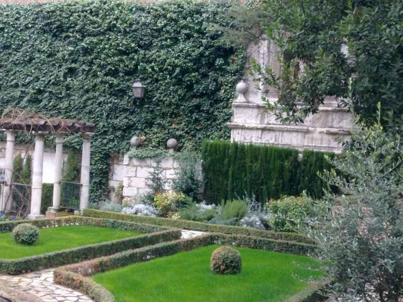 Jardín Casa Cervantes 3
