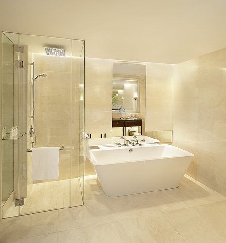 Luxurious Hotels with Frameless Glass Shower Doors | Flickr ...