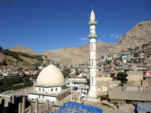 Picturesque Akre
