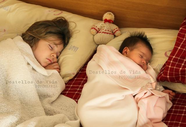 Mientras duermen... Son mis dos *estrellas*...!