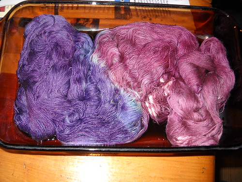 dye on yarn