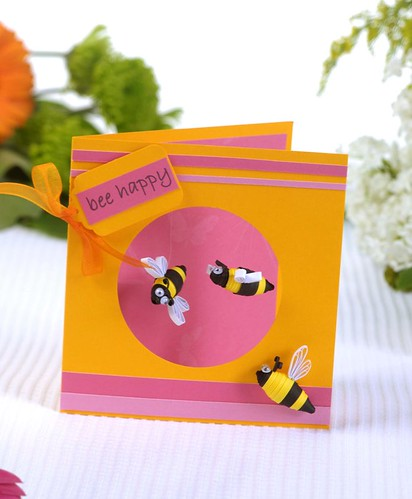 Quilled bees card