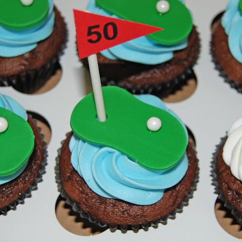 golf flag cupcake for 50th birthday cupcake tower