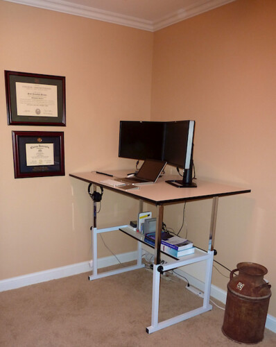 Dr Bunsen Setting Up A Standing Desk - Drafting table standing desk