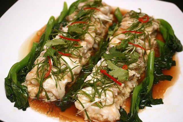 Steamed Garoupa Fillet with Beancurd with Light Soya Sauce