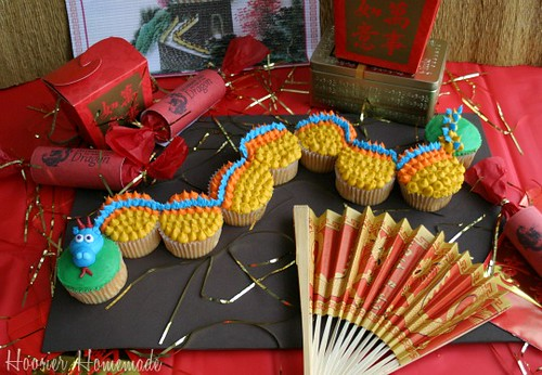 Dragon-Cupcakes-Chinese-New-Year by HoosierHomemade_latham