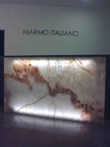 """Marmo Italiano"" Natursteine showroom (work in progress) - Backlit Onyx - Hinterleuchtet Onyx - Berlin"