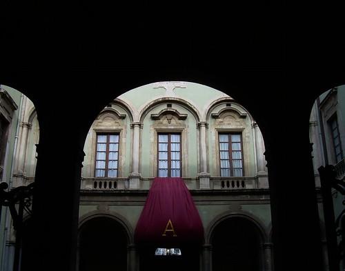 Catania e Palermo premiano Berlusconi e Grillo$
