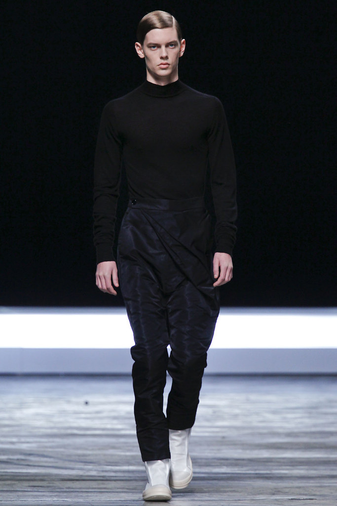 FW12 Paris Rick Owens013_Dan Kling(VOGUE)