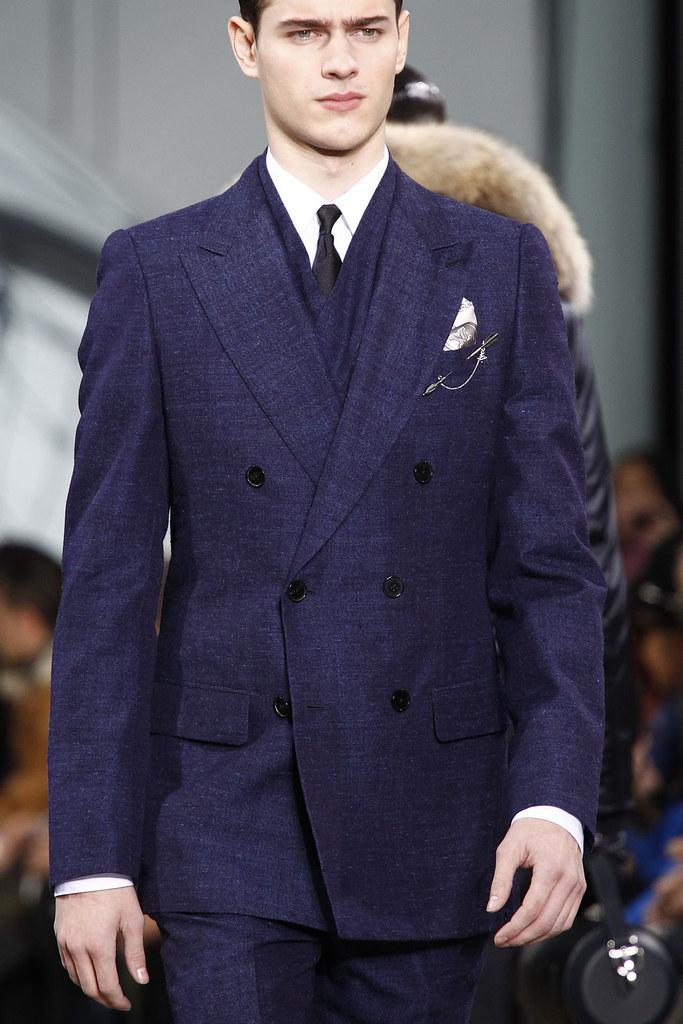 FW12 Paris Louis Vuitton083_Adnan Djinovic(VOGUE)