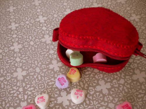 Mini Heart Pouch Tutorial