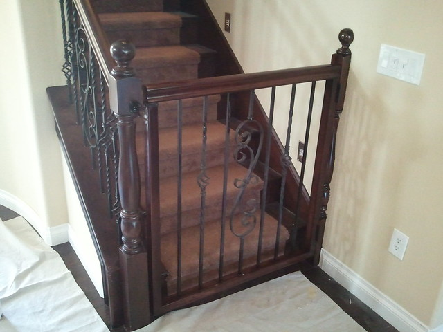 Baby Gates For Top Of Stairs With Banisters