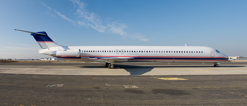 N812ME - Detroit Red Wings - McDonnell Douglas MD-81