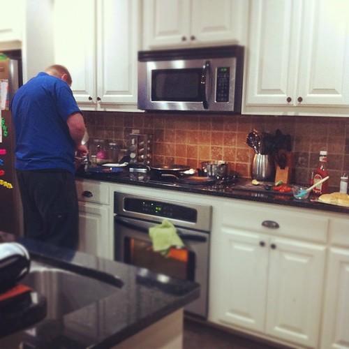 Kitchen Help (trey)