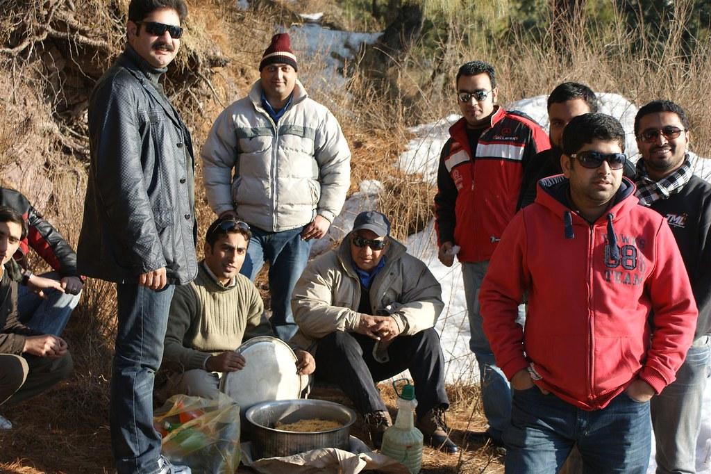 Muzaffarabad Jeep Club Snow Cross 2012 - 6796504401 2f944eb603 b