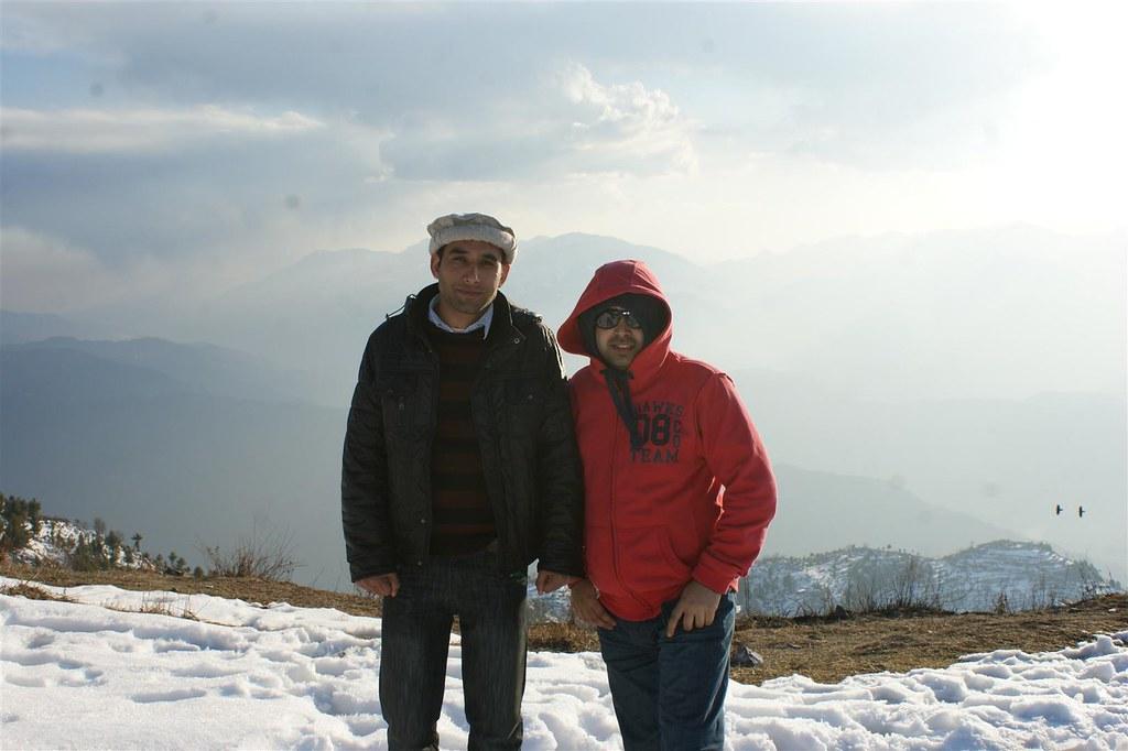 Muzaffarabad Jeep Club Snow Cross 2012 - 6796510409 a32e9faa04 b