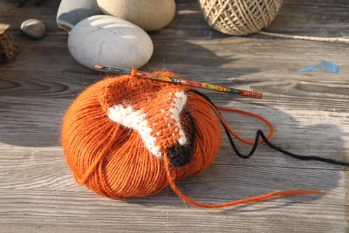 wip wednesday - a fox scarf.