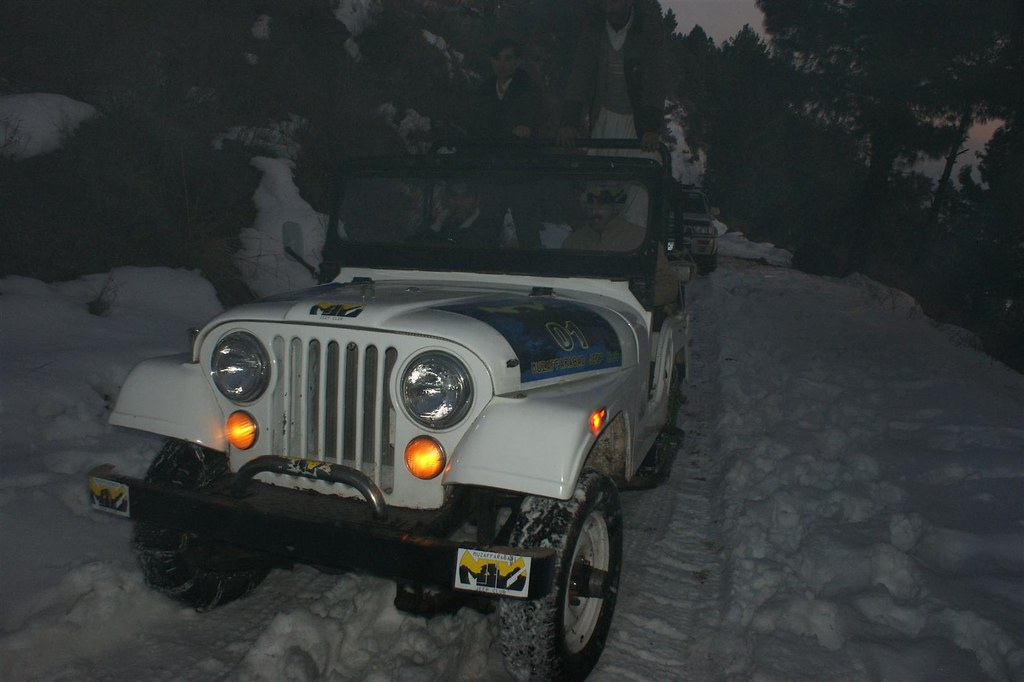 Muzaffarabad Jeep Club Snow Cross 2012 - 6812847949 ca500f8321 b