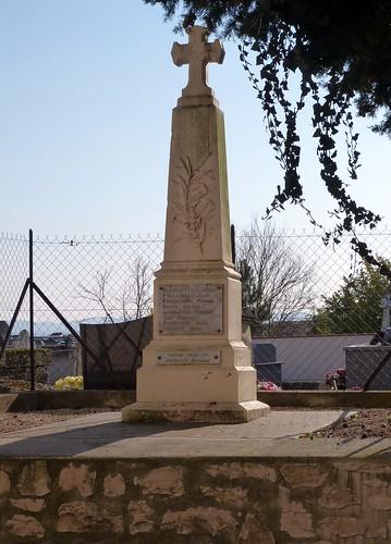 Hautesvignes - War Memorial 01