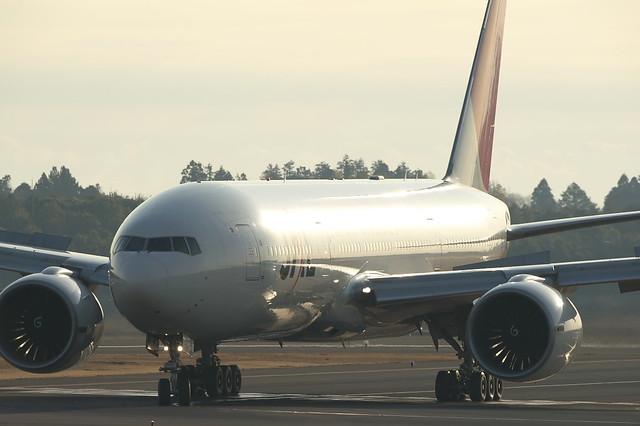 JAL B777-200ER