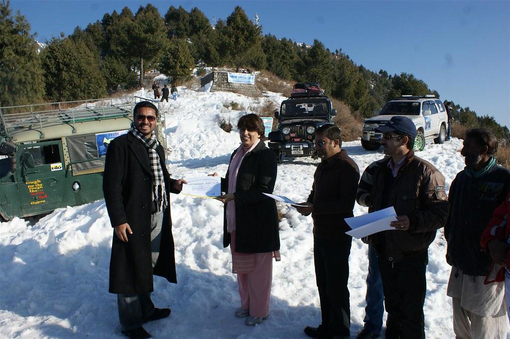 Muzaffarabad Jeep Club Snow Cross 2012 - 6830736031 7535782b77 b