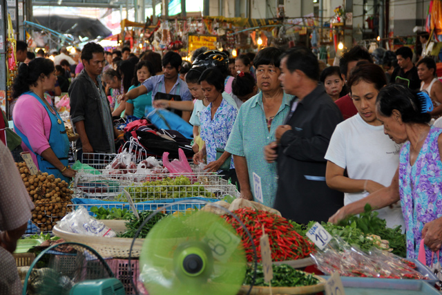 Shopping at Samrong Market in Bangkok, Thailand
