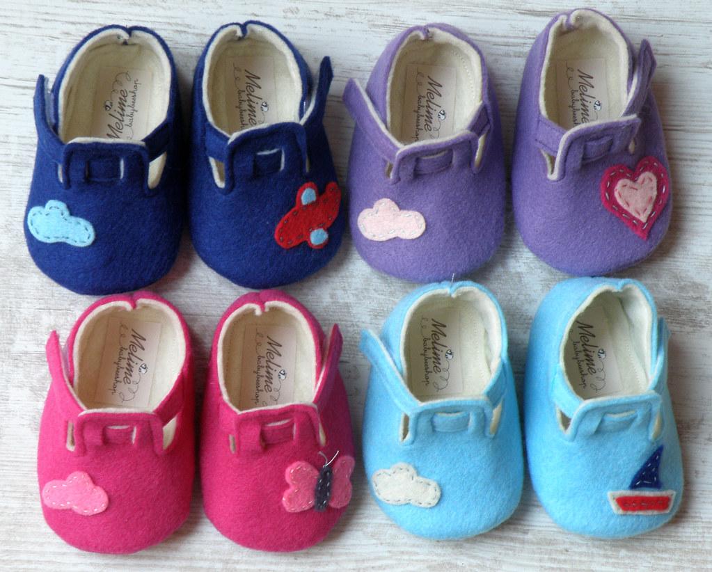 Baby felt shoes 6b9a8c4303b1