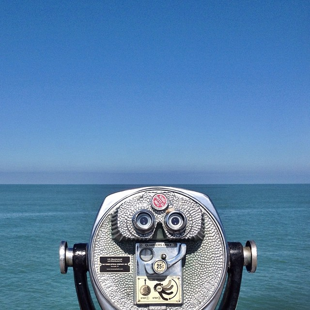 Goodbye Clearwater Beach! You were awesome! #cbspringbreak #springbreak #clearwaterbeach #clearwater #horizon #blue #viewfinder #binoculars #ocean #gulfofmexico #water #sky