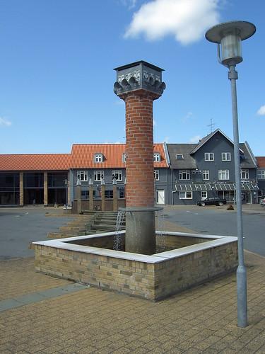 HELLEDIE, Niels. De fem hermer, 1994: