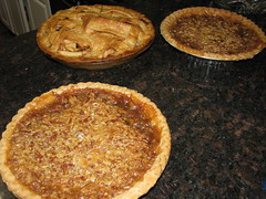 pecan pie(0.0), produce(0.0), dessert(0.0), pie(1.0), sweet potato pie(1.0), baking(1.0), baked goods(1.0), food(1.0), dish(1.0), cuisine(1.0), quiche(1.0), apple pie(1.0),