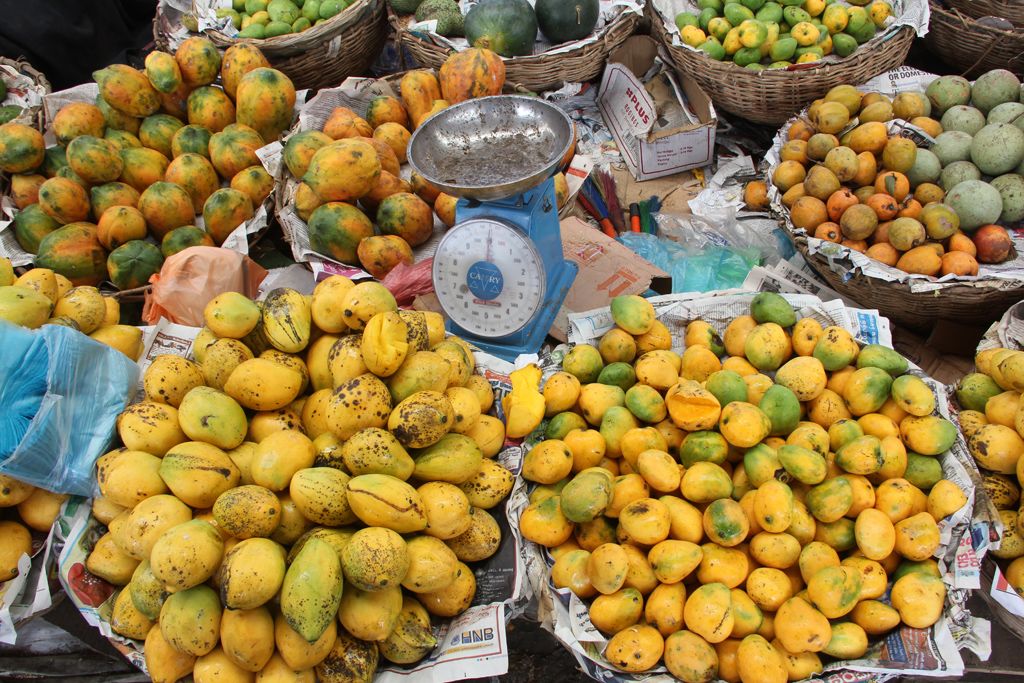 Mangoes at Pettah Market