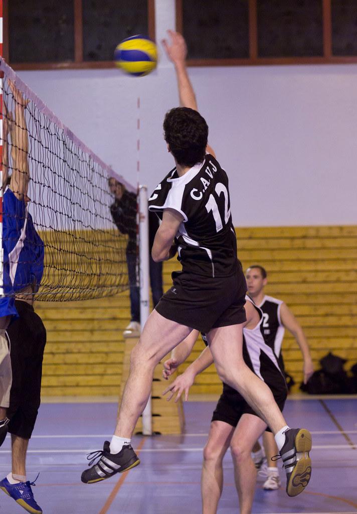 1er essai sport intérieur (Volley ball) 6459316985_3f4051d9c9_b