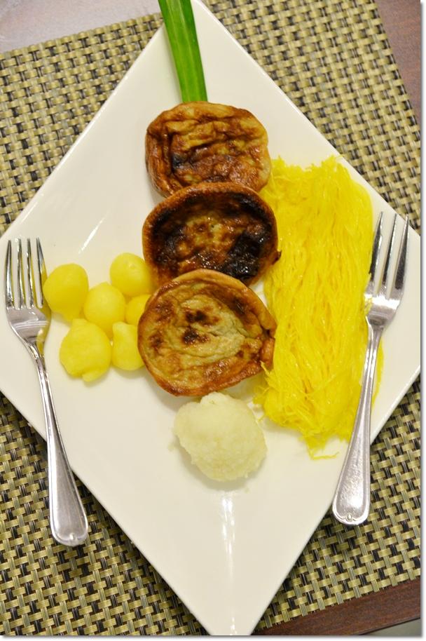 Famous Kelantanese Desserts