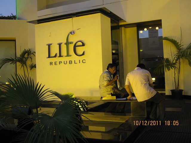 Exchanging notes about  Kolte-Patil Life Republic, Marunji - Hinjewadi, Pune 411 057