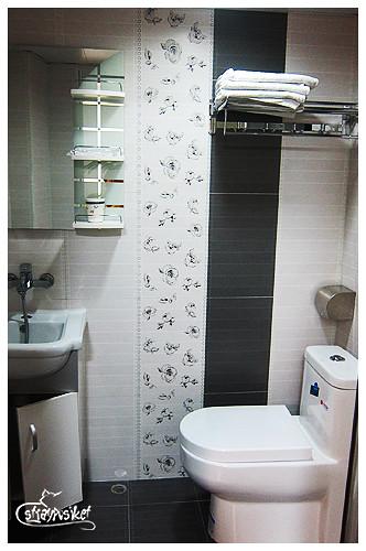 taisan guesthouse bathroom