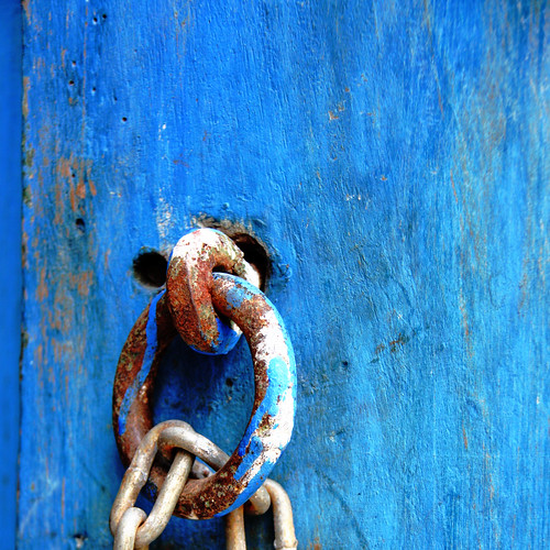 Blue door details... by Zé Eduardo...