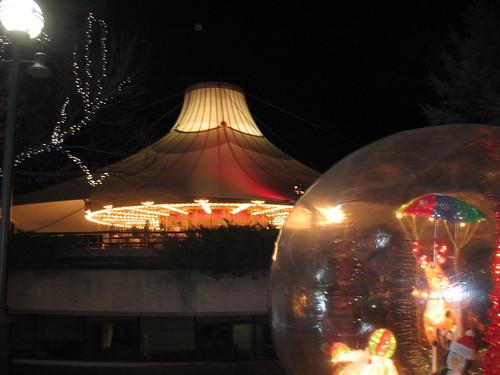 Carousel & snowglobe