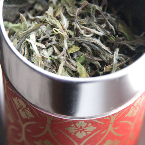 white loose leaf tea