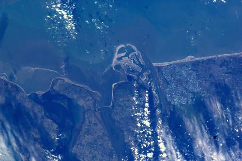 Rotterdam en de Maasvlakte, Zuid-Holland. Vandaag om 14:20 NL-tijd