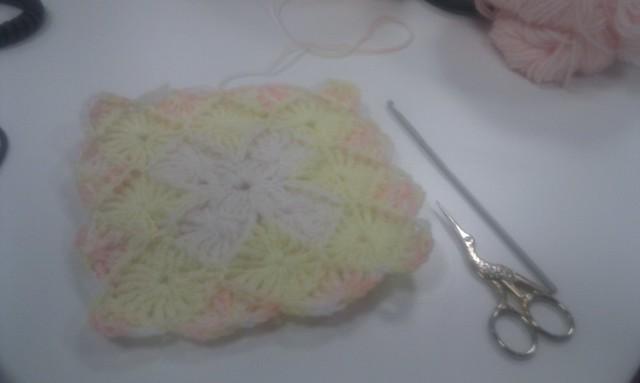 Yarn eater