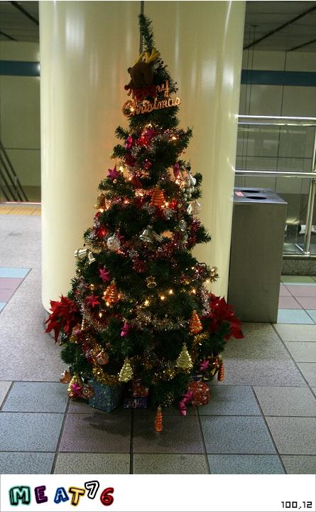 熱血夢100-12 ▋百顆眼見為憑聖誕樹特輯 ▋PART2 - 新北板橋-001.JPG