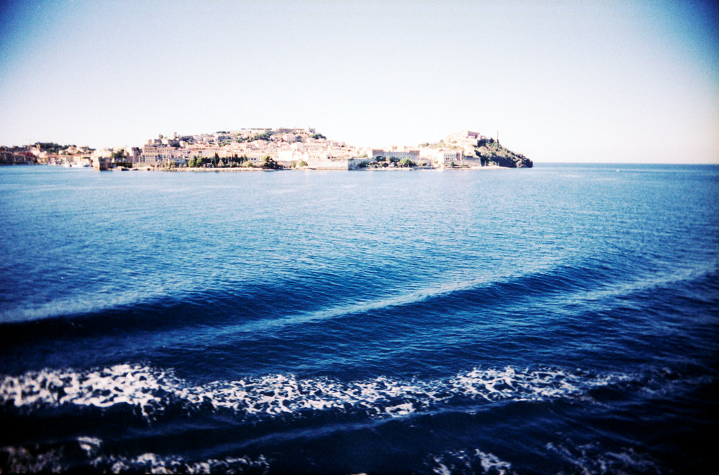 Elba, through a plastic lens