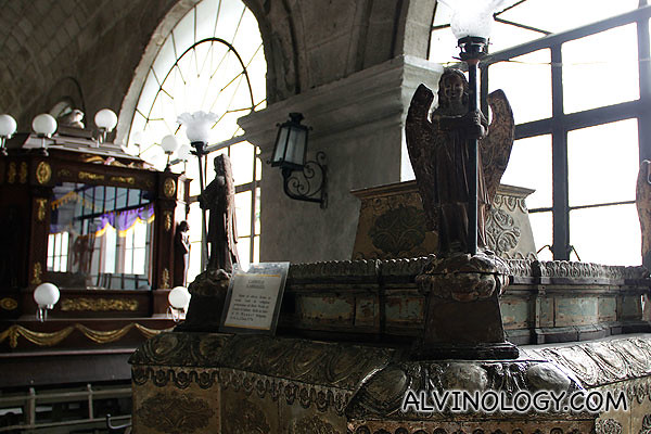 Large religious artifacts along the corridor