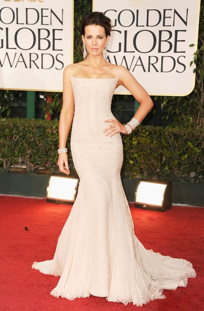 kate-beckinsale-golden-globes-2012