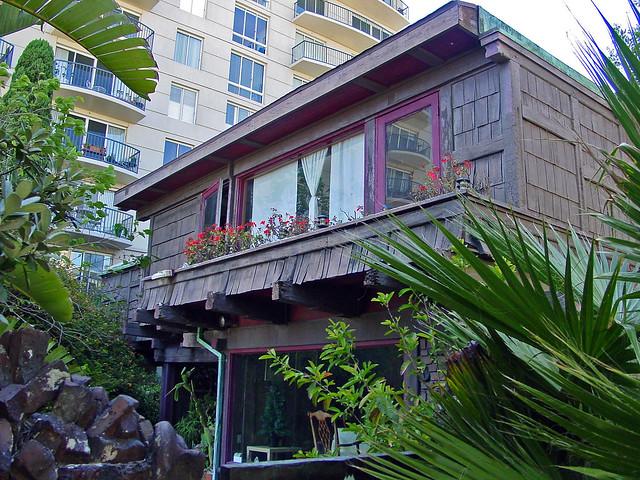 02j adelaide m tichenor house e long beach historic for Beach house designs adelaide