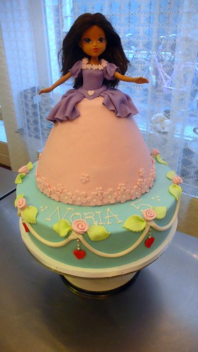 Princess Cake by CAKE Amsterdam - Cakes by ZOBOT