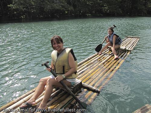Villa Escudero Lake Rafting